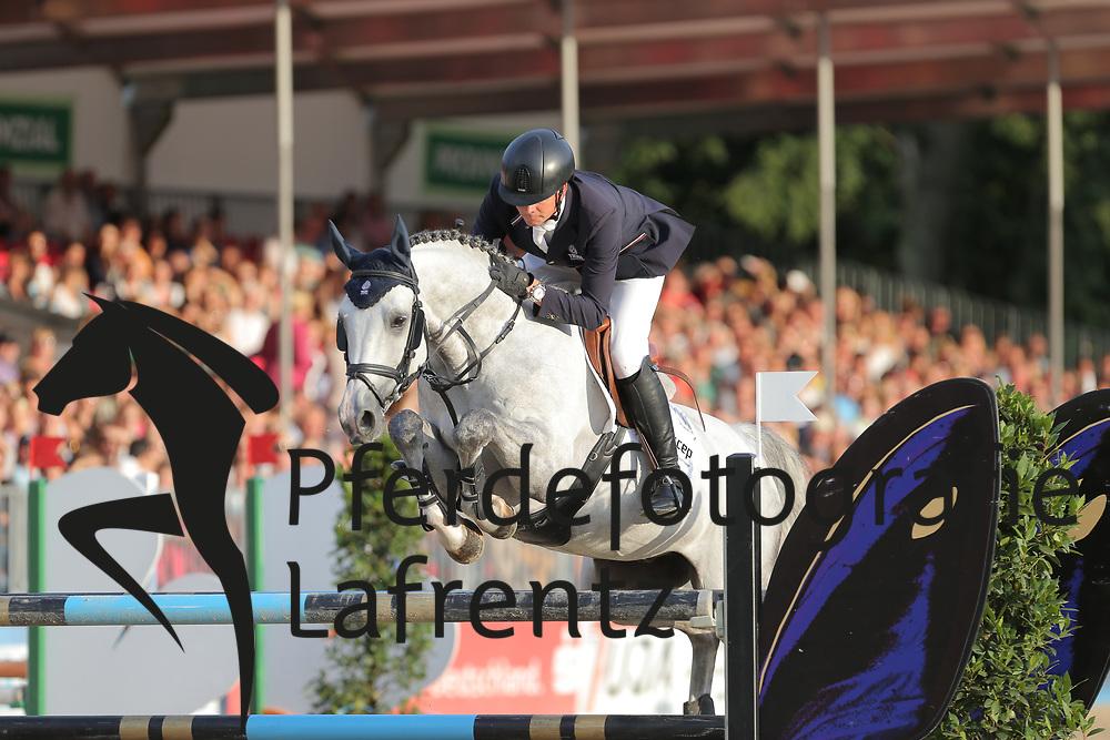 Haßmann, Toni, Celektrik<br /> Münster - Turnier der Sieger<br /> Finale - Youngster Tour<br /> © www.sportfotos-lafrentz.de/ Stefan Lafrentz