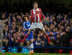 26.01.2014, Stamford Bridge, London, ENG, FA Cup, FC Chelsea vs Stoke City, 4. Runde, im Bild Stoke City's Peter Crouch, action against Chelsea // during the English FA Cup 4th round match between Chelsea FC and Stoke City FC at the Stamford Bridge in London, Great Britain on 2014/01/26. EXPA Pictures © 2014, PhotoCredit: EXPA/ Propagandaphoto/ David Rawcliffe<br /> <br /> *****ATTENTION - OUT of ENG, GBR*****