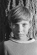 Daniel Hostic à 8 ans à l'orphelinat de Popricani en 1994. Daniel et sa soeur jumelle Daniela ont été abandonnés à la naissance.<br /> <br /> Daniel Hostic at 8 at Popricani's orphanage in 1994. Daniel and his twin sister Daniela were abandoned at birth.