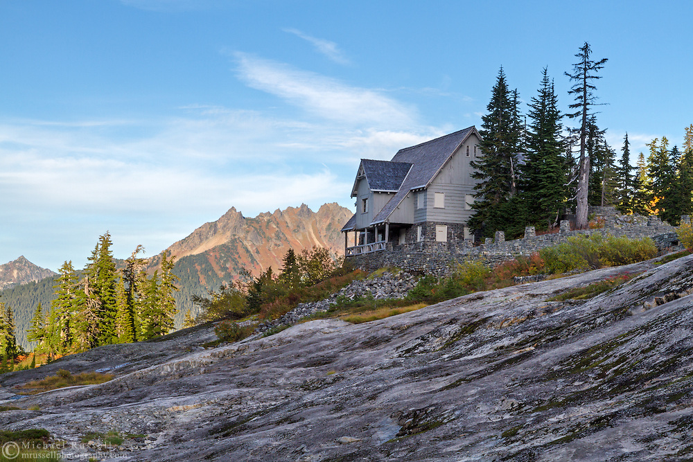 Heather Meadows Visitor Center in the Bagley Lakes area of the Mount Baker-Snoqualmie National Forest of Washington State, USA.  Mount Larabee, Goat Mountain and other peaks of the North Cascades Range are in the background.