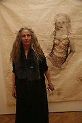 KIKI SMITH, KIKI SMITH EXHIBITION  AT TIMOTHY TAYLOR GALLERY, 21 DERING ST. LONDON. 10 OCTOBER 2006. -DO NOT ARCHIVE-© Copyright Photograph by Dafydd Jones 66 Stockwell Park Rd. London SW9 0DA Tel 020 7733 0108 www.dafjones.com