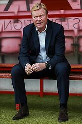 Everton manager Ronald Koeman sits pitch side prior to kick off - Mandatory by-line: Jason Brown/JMP - 24/09/2016 - FOOTBALL - Vitality Stadium - Bournemouth, England - AFC Bournemouth v Everton - Premier League