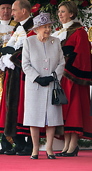 © London News Pictures 20/10/2015. Her Majesty The Queen <br /> <br /> <br /> More than 1,100 soldiers and 230 horses joined HM The Queen, HRH The Duke of Edinburgh, The Duke and Duchess of Cornwall, the Prime Minister, Senior members of the Cabinet, the Lord Mayor of London, the Mayor of London, and the Defence Chiefs of Staff for the ceremonial welcome to Britain of The President of The People's Republic of China and Madame Peng Liyuan . Photo credit: Rupert Frere/LNP