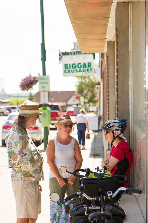 New York is big, but this is Biggar. Exploring downtown Biggar, Day 2