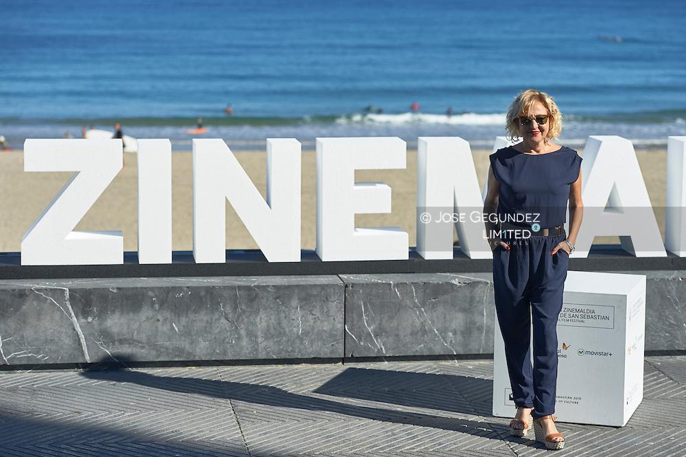 Carmen Machi pose for 'Mi gran noche' photocall during 63rd San Sebastian International Film Festival at Zurriola Beach on September 20 in San Sebastian