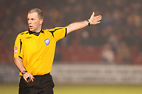 Photo: Pete Lorence/Sportsbeat Images.<br />Lincoln City v Darlington. Coca Cola League 2. 22/12/2007.<br />Referee Graham Horwood during the match.