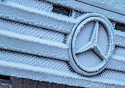 THEMENBILD - ein eingefrorener Mercedes Stern auf dem Kühlergrill eines LKWs, aufgenommen am 23. November 2017 in Ruka, Kuusamo, Finnland // a frozen Mercedes star on the grille of a truck, Ruka, Kuusamo, Finland on 2017/11/23. EXPA Pictures © 2017, PhotoCredit: EXPA/ JFK