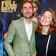 NLD/Amsterdam/20180205 - The Full Monty premiere, Johan Nijenhuis en dochter