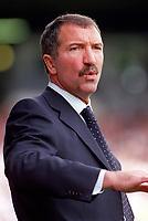 Graeme Souness (Blackburn Manager)  Fulham v Blackburn Rovers, 15/10/2000. Credit: Colorsport / Matthew Impey