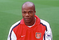Sylvian Wiltord (Arsenal). Arsenal 2:1 Coventry City, F.A. Carling Premiership, 16/9/2000. Credit: Colorsport / Stuart MacFarlane.