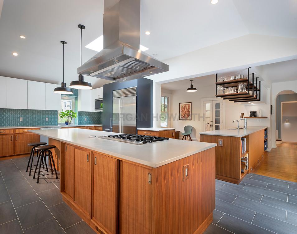 3122 Newark House Kitchen, Great Room, pool, Exterior patio , modern kitchen