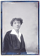 adult woman portrait France about 1920s