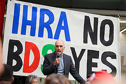 © Licensed to London News Pictures. 04/09/2018. London, UK. CHRIS WILLIAMSON MP speaking outside Labour Party headquarters in London ahead of a National Executive Committee meeting. The Labour Party's ruling body is expected to vote on whether to adopt, in full, the IHRA (International Holocaust Remembrance Alliance) definition of anti-Semitism. Photo credit: Ben Cawthra/LNP