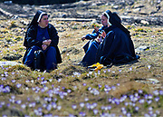 Siostry zakonne wypoczywające na POlanie chochołowskiej