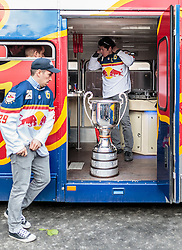 15.04.2016, Kapitelplatz, Salzburg, AUT, EBEL, Meisterfeier EC Red Bull Salzburg, im Bild Luciano Aquino (EC Red Bull Salzburg), Matthias Trattnig (EC Red Bull Salzburg) // Luciano Aquino (EC Red Bull Salzburg), Matthias Trattnig (EC Red Bull Salzburg) during the Erste Bank Icehockey Liga Championships Party of EC Red Bull Salzburg at the Kapitelplatz in Salzburg, Austria on 2016/04/15. EXPA Pictures © 2016, PhotoCredit: EXPA/ JFK