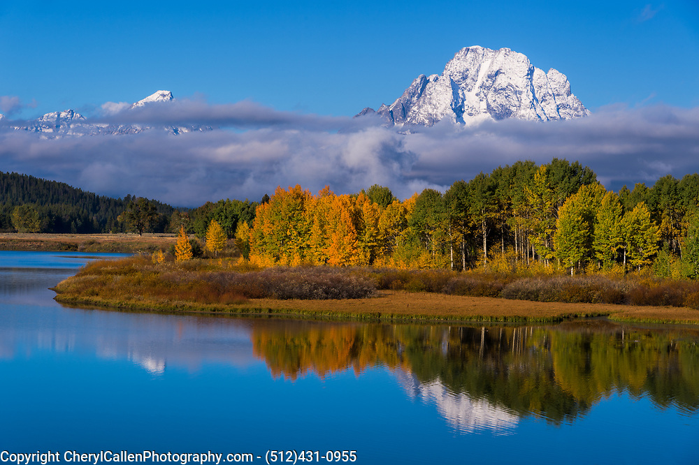 Oxbow Bend on a crisp morning in the fall