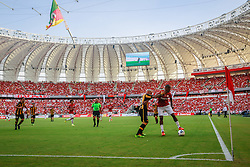 Lance da partida entre S. C. Internacional e Pañarol válida pelas comemorações de Reinauguração do estádio Beira-Rio. O estádio Beira Rio receberá os jogos da Copa do Mundo de Futebol 2014. FOTO: Jefferson Bernardes/ Agência Preview