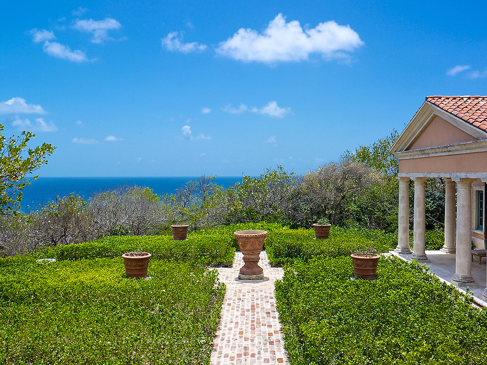 Siena. Mustique, St. Vincent & The Grenadines