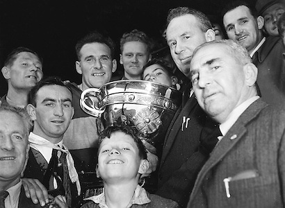 Winning Kerry team with cup after the All Ireland Senior Gaelic Football Championship Final, Armagh v Kerry, 27th September 1953, Kerry 0-13, Armagh 1-06.