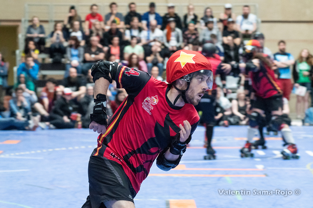 Jammer of Team Spain, #44 QBO, sprinting during the game against Team Belgium at the MRDWC2018 in Barcelona, Spain.