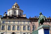 Torino La Chiesa di San Lorenzo