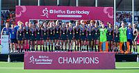 ANTWERPEN - Europees kampioen.  Het Nederlands team na de winst   na   de   finale  dames  Nederland-Duitsland  (2-0) bij het Europees kampioenschap hockey.  COPYRIGHT  KOEN SUYK