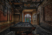 Stunning images of once grand Mansion in one of the most beautiful villages in Italy now Abandoned