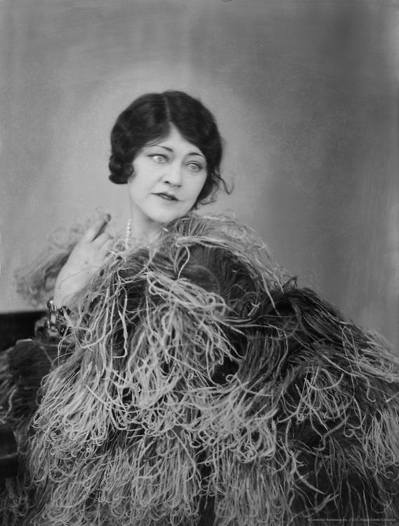 Peggy O'Neil, actress, 1929