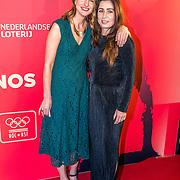 NLD/Amsterdam/20161221 - NOC*NSF Sportgala 2016, Sanne Voets (L) en vriendin