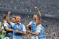 Fotball<br /> Tyskland<br /> 02.06.2015<br /> Foto: Witters/Digitalsport<br /> NORWAY ONLY<br /> <br /> Schlussjubel 1860 Muenchen, v.l. Daniel Adlung, Marius Wolf, Korbinian Vollmann<br /> Fussball 2. Bundesliga, Relegation Rueckspiel, TSV 1860 München - Holstein Kiel 2:1