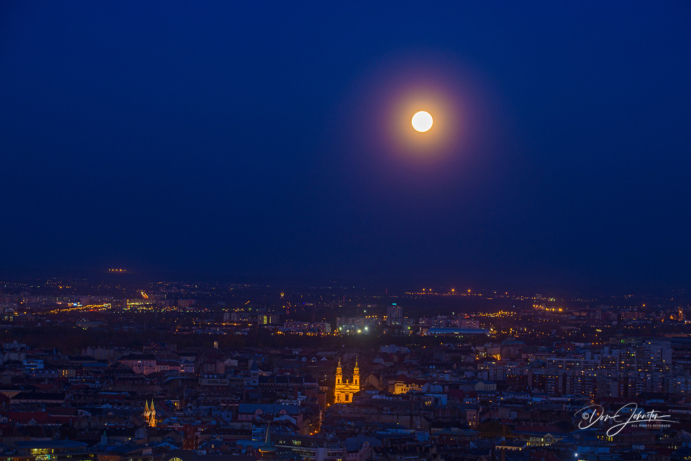 Views of Budapest from the Citadella- moonrise over Pest, Budapest, Central Hungary, Hungary