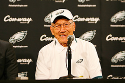 Former Philadelphia Eagle Al Wistert speaks during a press conference to announce Randall Cunningham and his induction into The Eagles Honor Roll before the NFL game between the Kansas City Chiefs and the Philadelphia Eagles on September 27th 2009. The Eagles won 34-14 at Lincoln Financial Field in Philadelphia, Pennsylvania. (Photo By Brian Garfinkel)