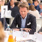 NLD/Utrecht/20190308  - Willem-Alexander geeft het startsein vd 'Week voor de Gezonde Jeugd', Prins Pieter-Christiaan neemt deel aan ronde tafelgesprek