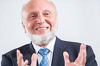 09 JUN 2016, BERLIN/GERMANY:<br /> Prof. Dr. Dr. h.c. mult. Hans-Werner Sinn, Oekonom und ehem. Praesident ifo Institut fuer Wirtschaftsforschung, Tag des deutschen Familienunternehmens, Stiftung Familienunternehmen, Hotel Adlon<br /> IMAGE: 20180609-01-080