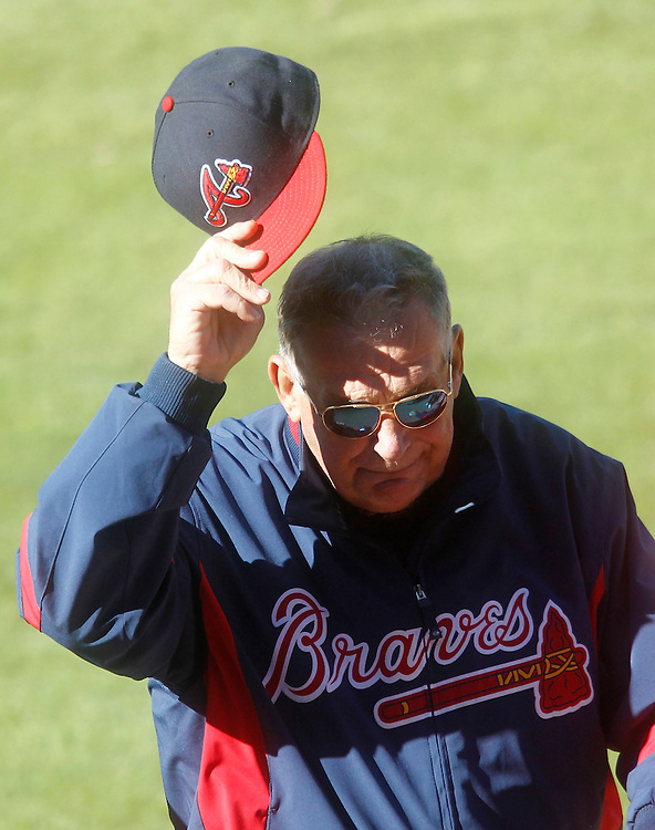 ATLANTA - OCTOBER 3:  Manager Bobby Cox #6 of the Atlanta Braves tips his cap to the crowd while leaving the field after the game against the Philadelphia Phillies at Turner Field on October 3, 2010 in Atlanta, Georgia.  The Braves beat the Phillies 8-7.  (Photo by Mike Zarrilli/Getty Images)