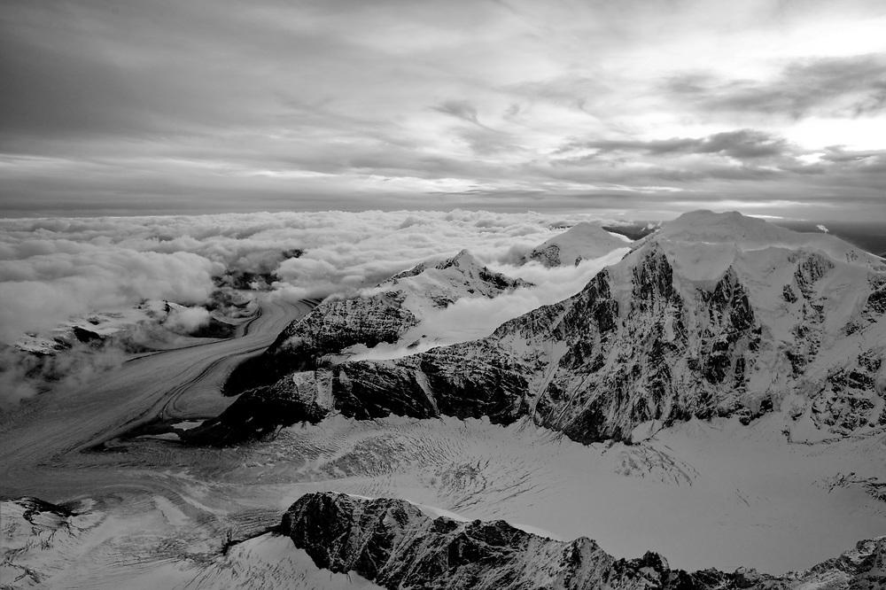 USA, Alaska, Denali National Park, Aerial view of Alaska Range peaks