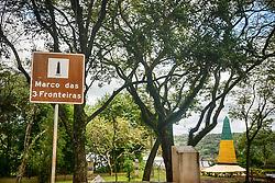 O Marco das Três Fronteiras é obelisco e atrativo turístico localizado nas cidades de Foz do Iguaçu, Puerto Iguazú e Presidente Franco referente ao local de divisa territorial respectivamente entre o Brasil, a Argentina e o Paraguai. FOTO: Jefferson Bernardes/ Agência Preview
