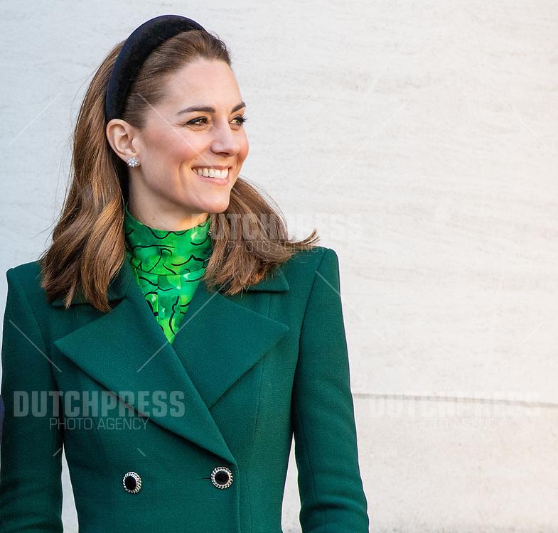 DUBLIN - Catherine (Kate Middelton), Hertogin van Cambridge bij een ontmoeting met Minister-President Leo Varadkar en zijn partner bij Government Buildings in Dublin.