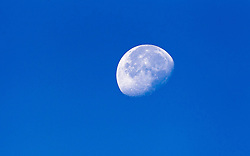 THEMENBILD - der Mond unter Tags mit blauen Himmel // Day time moon on blue sky background, Viehhofen, Austria on 2015/08/04. EXPA Pictures © 2015, PhotoCredit: EXPA/ JFK