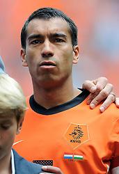 05-06-2010 VOETBAL: NEDERLAND - HONGARIJE: AMSTERDAM<br /> Nederland wint met 6-1 van Hongarije / Giovanni van Bronckhorst<br /> ©2010-WWW.FOTOHOOGENDOORN.NL