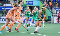 AMSTELVEEN - Elena Tice (Ier) met Marloes Keetels (Ned) en /n  tijdens de dames hockeywedstrijd , Nederland-Ierland (4-0)  bij het EK hockey. Euro Hockey 2021.   COPYRIGHT KOEN SUYK