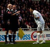 Photo: Jed Wee/Sportsbeat Images.<br />Doncaster Rovers v Bolton Wanderers. The FA Cup. 06/01/2007.<br /><br />Bolton's Idan Tal (R) pleads his case after the referee's assistant had his flag raised following his goal.
