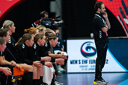 Coach Emmanuel Mayonnade of Netherlands in action during the Women's EHF Euro 2020 match between Netherlands and Hungry at Sydbank Arena on december 08, 2020 in Kolding, Denmark (Photo by RHF Agency/Ronald Hoogendoorn)