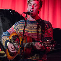 George Ezra performing live at Matt and Phreds, Manchester, 2012-09-26
