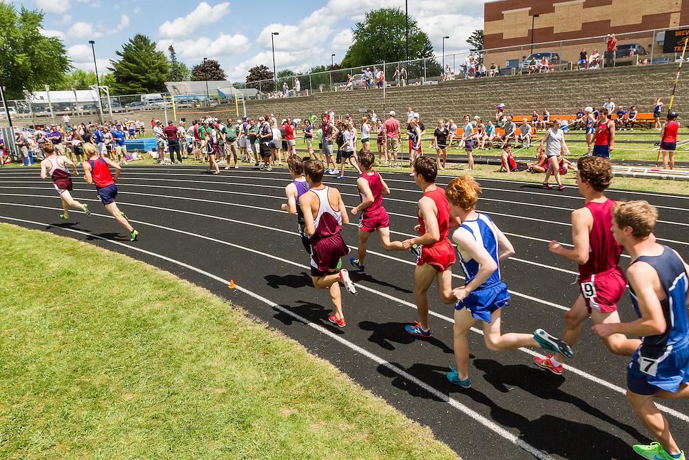 Maine State Track & Field Meet, Class B: boys 1600 meters