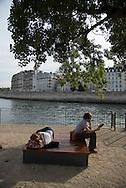 France. Paris. 4th district.  quay of the Hotel de ville, on the seine river banks/ les quais de l'hotel de ville le ong de la Seine