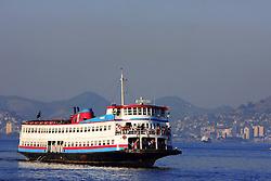 As barcas que saem do Rio de Janeiro com os passageiros em direção a Niterói possuem uma uma privilegiada localização e ainda podem contemplar a beleza da Baía da Guanabara.  FOTO: Jefferson Bernardes/Preview.com