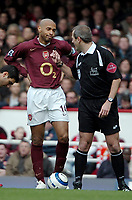 Photo: Ed Godden.<br />Arsenal v Aston Villa. The Barclays Premiership. 01/04/2006. Thierry Henry has a disagreement with ref, M.Atkinson.