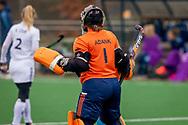 LAREN -  Hockey Hoofdklasse Dames: Laren v Pinoké, seizoen 2020-2021. Foto: Karlijn Adank (Laren, keeper)
