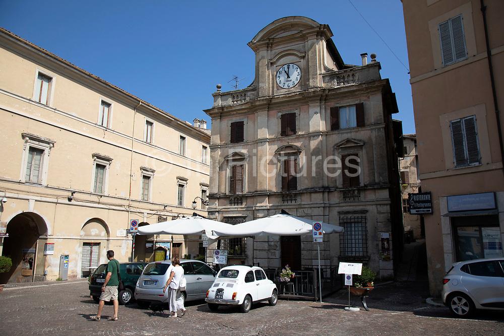 Street scene in the historic hill town of Spoleto, Umbria, Italy.